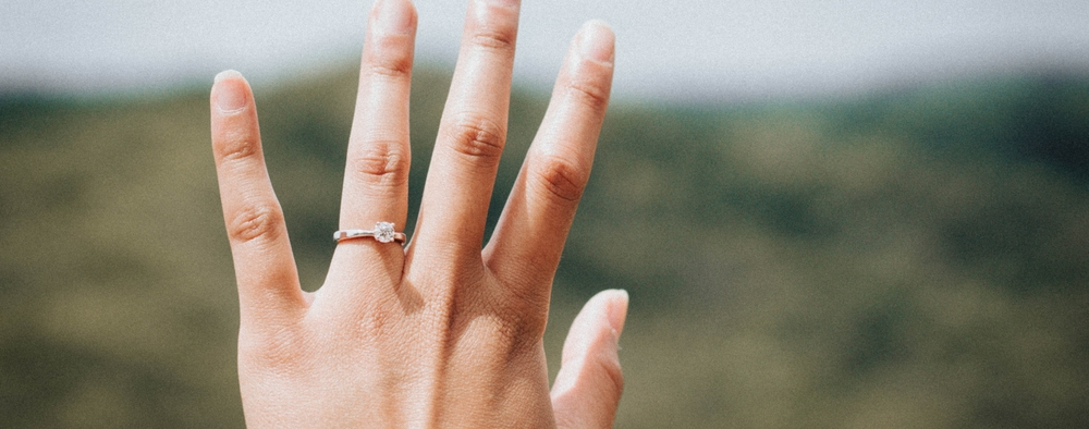 How To Figure Out Her Engagement Ring Size Without Asking
