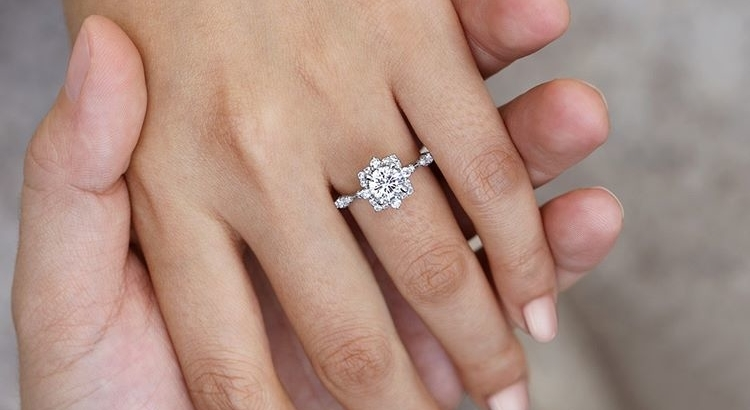 6 Romantic Vintage-Inspired Engagement Rings