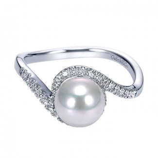 14k White Gold Diamond Pearl Fashion Ladies' Ring