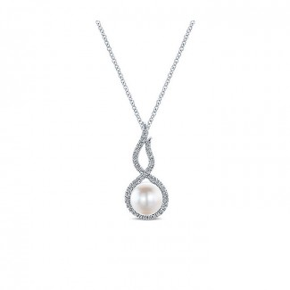 14k White Gold Diamond Pearl Fashion Necklace
