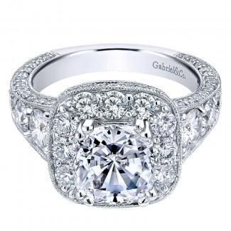 Engagement Ring 18k White Gold Diamond Halo